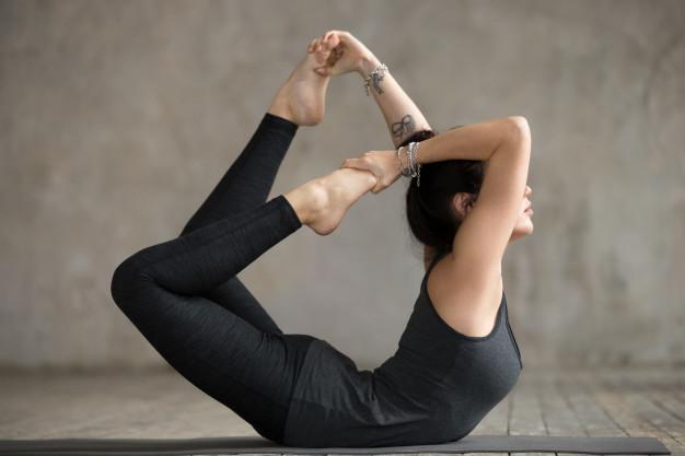 Yoga Übungen unterer Rücken bei Schmerzen